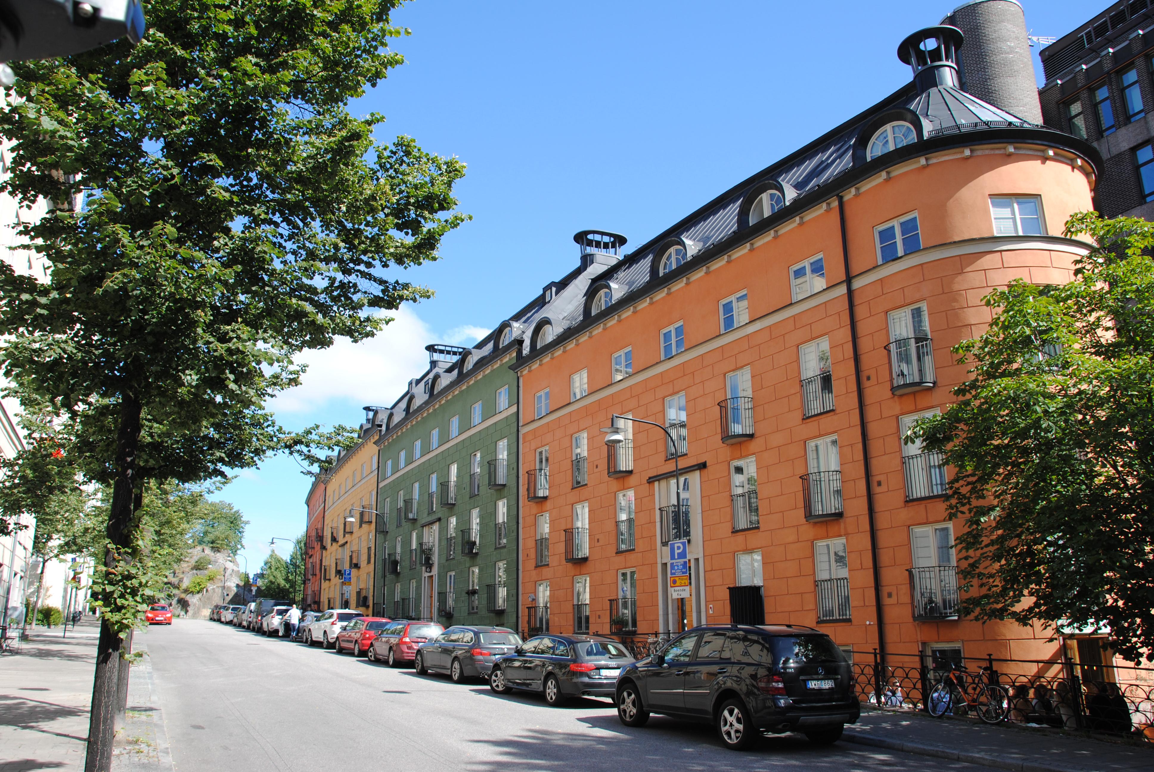 St Eriksområdet i Stockholm tas upp som ett exempel på vacker nyproduktion.